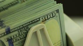 Contadores do dinheiro e cédulas 100-USD video estoque