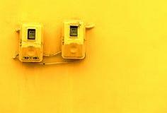 Contadores eléctricos imagenes de archivo