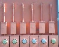 Contadores eléctricos chistosos foto de archivo libre de regalías