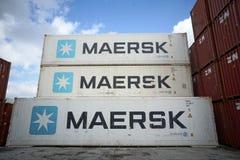 Container di Maersk, porto fotografie stock