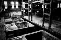 Container in fabriek royalty-vrije stock afbeelding