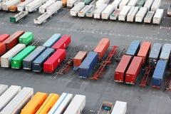 Container nella baia di Tokyo Fotografie Stock