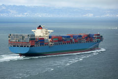 Free Container Ship Royalty Free Stock Images - 10568789
