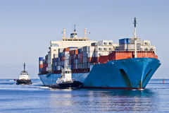 Free Container Ship Royalty Free Stock Photography - 31865867