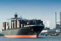 Free Container Ship Royalty Free Stock Image - 5501736