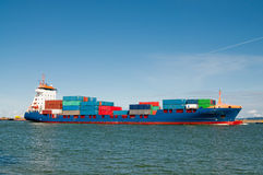 Container ship coming into port Royalty Free Stock Photography