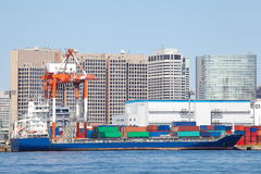 Container ship in the harbor Royalty Free Stock Images