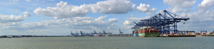 Container ships being loaded at Felixstowe docks Stock Photo