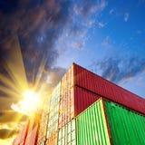 Containerbahnhof lizenzfreies stockbild