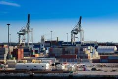 Containerbahnhof, Frachthafen Behälterladekräne Stockfotografie