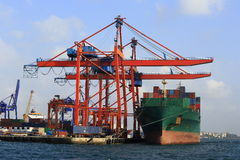 Containerhaven royalty-vrije stock afbeelding
