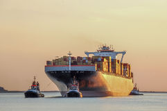 Containers. Hip entering or leaving the port Royalty Free Stock Photos