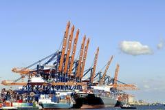 Containerschiffe im Hafen von Rotterdam Lizenzfreies Stockbild