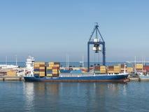 Containerschiffkranhafen Lizenzfreies Stockfoto