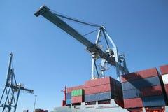 Containerschip in haven Stock Fotografie