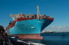Containerschip Majestueuze Maersk op Vertoning bij Langelinie-pijler in Kopenhagen stock afbeeldingen