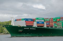 Containership i port Royaltyfri Fotografi