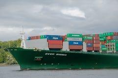 Containership no porto Fotografia de Stock Royalty Free