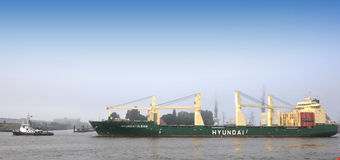 Containership  in port Royalty Free Stock Image