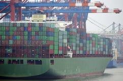 Containerterminal en Hamburgo Foto de archivo