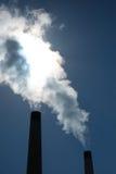 Contaminación atmosférica industrial imagenes de archivo