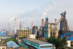 Contaminación china del humo de la acería Imagen de archivo libre de regalías