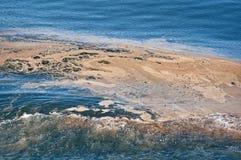 Contaminación de agua del océano en estela Imagenes de archivo