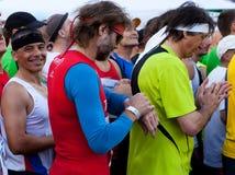 Contando actas ao começo da maratona de Praga Fotografia de Stock Royalty Free