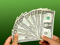 Contando contas de dólar Fotos de Stock Royalty Free