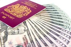 Contanti del passaporto Fotografia Stock