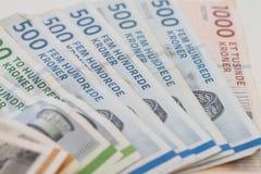 Contas de dinheiro - amarelas, verdes, azul e vermelho Imagem de Stock