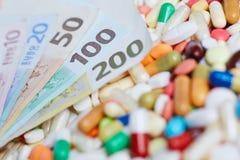 Contas do Euro na medicamentação Imagens de Stock Royalty Free
