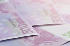 500 contas dos euro como um fundo Imagens de Stock Royalty Free