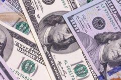 Contas novas e velhas de cem fundos abstratos do dólar Imagem de Stock