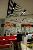 Contatori capitali di immigation dell'aeroporto internazionale di Pechino Immagini Stock