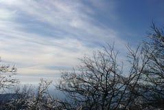 Conte d'hiver de montagne dans Gelendzhik images libres de droits