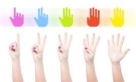 Conteggio delle mani femminili fotografia stock libera da diritti