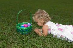 Conteggio delle uova di Pasqua Fotografia Stock Libera da Diritti