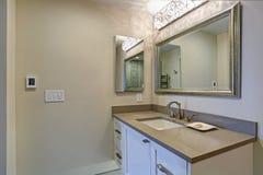 Contemporary bathroom design royalty free stock photo