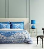 Contemporary elegant luxury atmospheric bedroom te royalty free illustration
