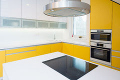Contemporary kitchen interior Royalty Free Stock Photo
