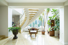 Contemporary luxury mansion Royalty Free Stock Photos