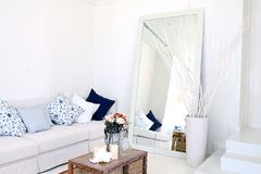 contemporary modern white interior living room Royalty Free Stock Images