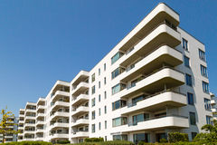 Contemporary residential building Royalty Free Stock Photos