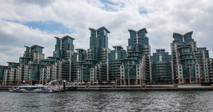 Contemporary riverside real estate development in West London Stock Photos