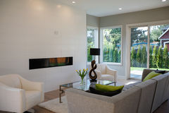 Free Contemporary Style Living Room Stock Images - 93296404