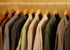 contempory klänningmensskjortor Arkivfoton