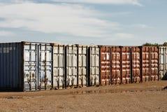 Contenedores de la exportación que expiden Fotografía de archivo libre de regalías