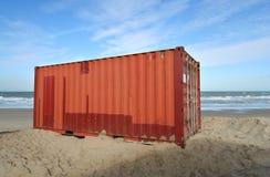 Conteneur sur la plage Photos libres de droits