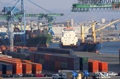 Conteneur sur le port Photos libres de droits